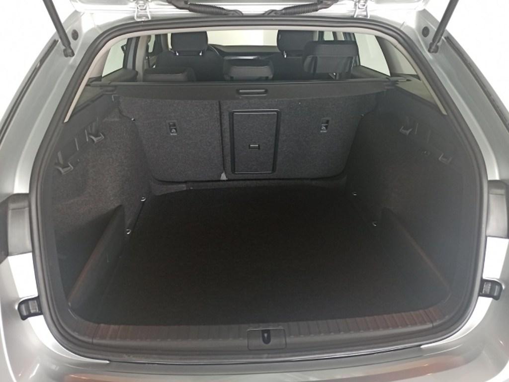 Das WeltAuto Škoda Octavia Combi Ambition 2,0 TDI